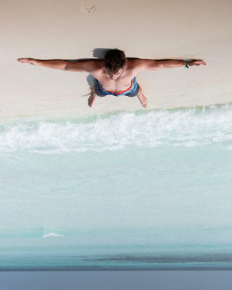 Jan Klíma relaxing on Maldives beach