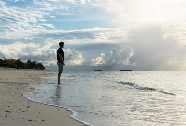 Knight On Trip is watching Sunrise at the Main Beach on Maldives